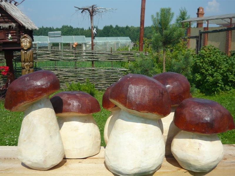 Грибы из цемента для сада своими руками фото