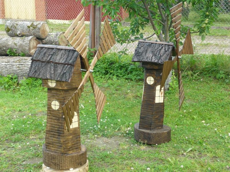 Деревянные фигуры в саду своими руками